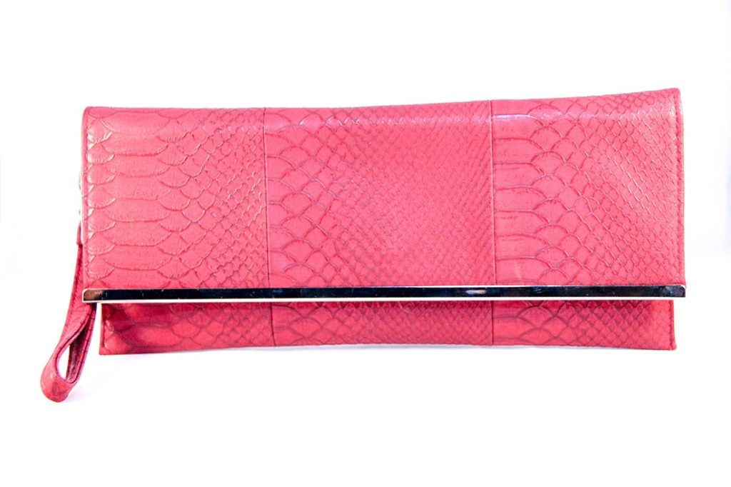 Shop red envelope clutch from Alexander McQueen, Balenciaga, Rebecca Minkoff and from humorrmundiall.ga, Farfetch, Selfridges and many more. Find thousands of new high fashion items in .